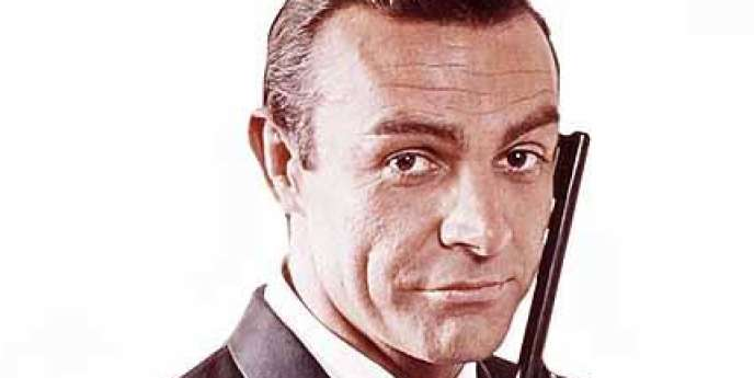 Sean Connery, interprète le rôle de James Bond, agent 007, dans le film