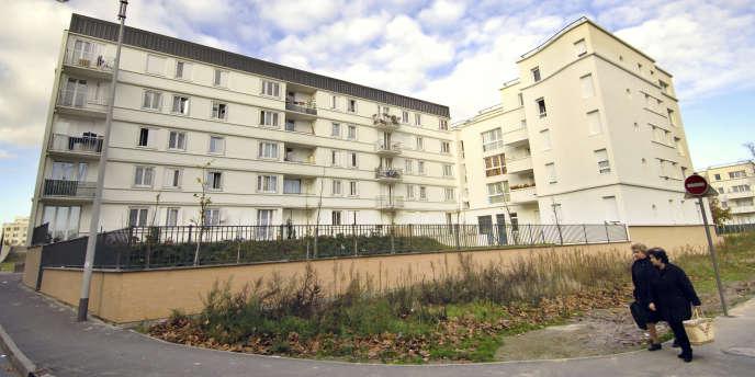 Dans le quartier du plateau des Malassis à Bagnolet en Seine-Saint-Denis, un immeuble de 36 logements réalisé par l'architecte Edith Girard.
