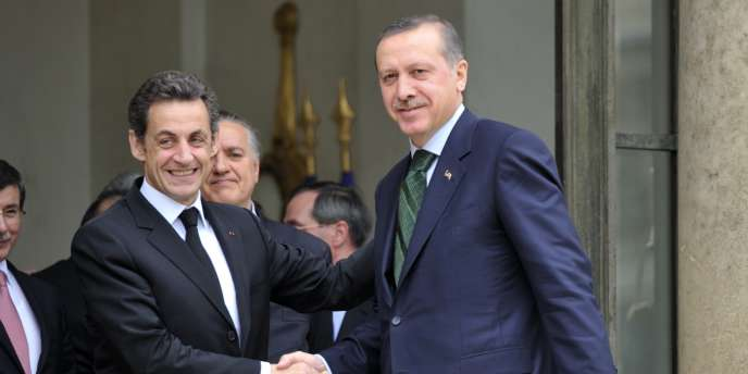 Nicolas Sarkozy et le premier ministre turc Recep Tayyip Erdogan, le 7 avril 2010.