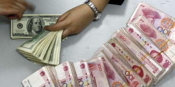 Le yuan, dont le taux de change est toujours largement contrôlé par Pékin, baisse.