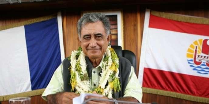 Le président indépendantiste polynésien, Oscar Temaru, après son élection le 9 avril 2010 à Papeete.