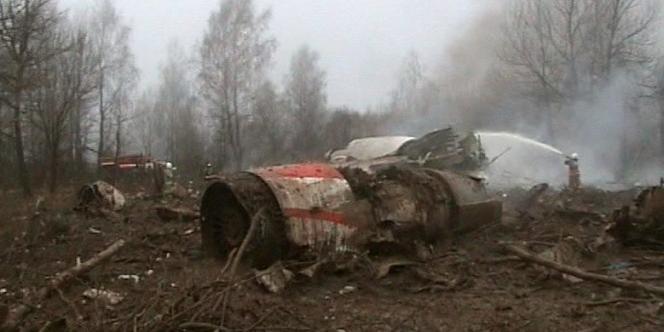 Débris du Tupolev 154 après l'accident du 10 avril 2010.