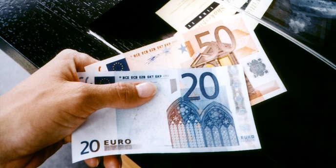 La baisse des taux d'intérêt a été la réponse des décideurs politiques aux crises auxquelles ils ont été confrontés.