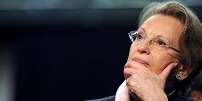Michèle Alliot-Marie sera restée ministre pendant neuf ans, un record sous la Ve République.