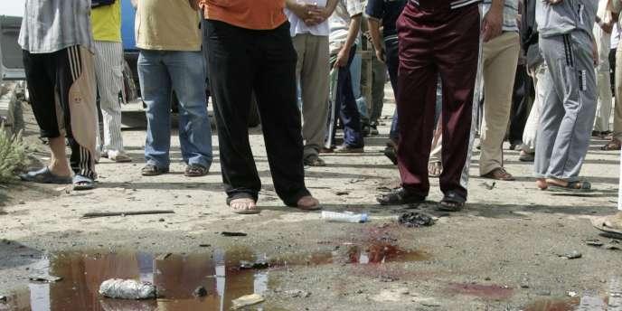 Un attentat en Irak revendiqué par des groupes affiliés à Al-Qaida, en avril 2010.