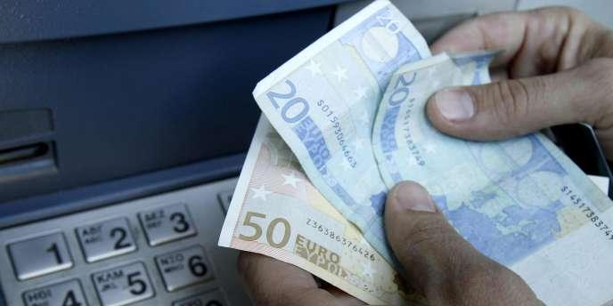 Le Compte-Nickel fonctionne comme un compte en banque classique, certes sans chèque mais avec virements et carte bancaire associée.