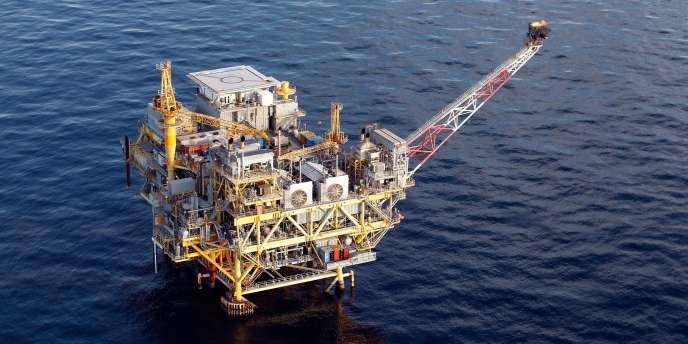 Une plate-forme pétrolière dans le golfe du Mexique, au large de la Louisiane.