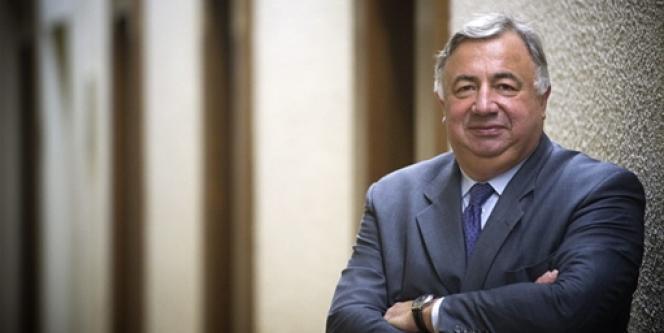 Gérard Larcher, président du Sénat, analyse la position internationale de la France et la préparation des sénatoriales.