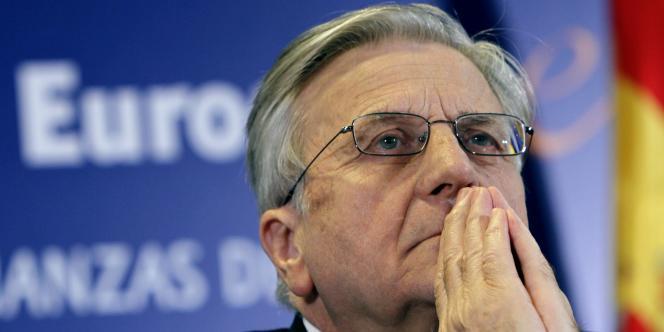 La visite de Jean-Clude Juncker, ex-président de l'Eurogroupe, intervient après la bombe lancée par le Fonds monétaire international (FMI), reconnaissant des erreurs dans la gestion de la crise grecque et mettant en cause les lenteurs européennes.