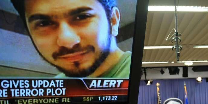 L'Américain Faisal Shahzad, auteur de l'attentat avorté de Times Square, le 1er mai à New York, s'était rendu plusieurs fois au Pakistan pour y rencontrer des chefs talibans.