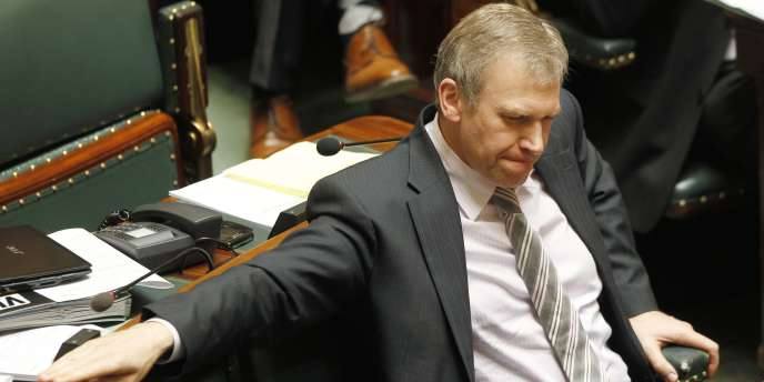 Yves Leterme, lors de la dernière séance de la chambre des représentants, le 6 mai 2010.