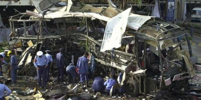 L'affaire est partie de l'enquête menée par un juge antiterroriste sur l'attentat du 8 mai 2002 à Karachi, dans lequel furent tuées quinze personnes, dont onze ingénieurs et techniciens français de la DCN qui travaillaient à la construction des sous-marins Agosta.