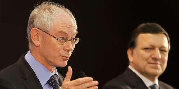 Herman Van Rompuy et José Manuel Barroso, en mai 2010 à Madrid.