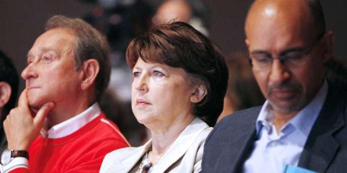 Martine Aubry, entourée par Bertrand Delanoe, Harlem Desir et David Assouline, samedi 29 mai.