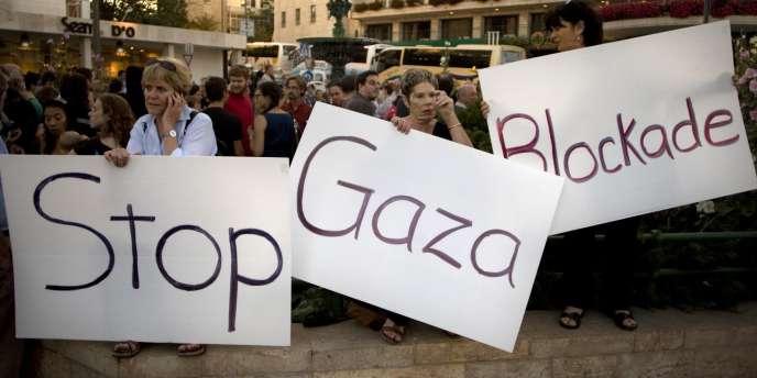 Manifestation dans les rues de Jérusalem, le 31 mai 2010.