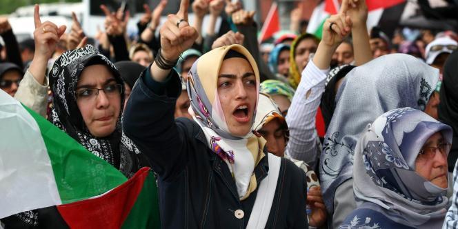 Manifestation devant l'ambassade d'Israël en Turquie, le 1er juin.