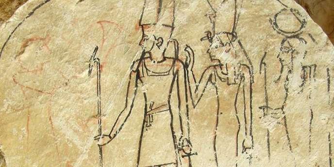 La tombe de 70 mètres de long, divisée par des passages et des salles de prière, a été découverte sur le site de la nécropole de Saqqara, au sud du Caire.