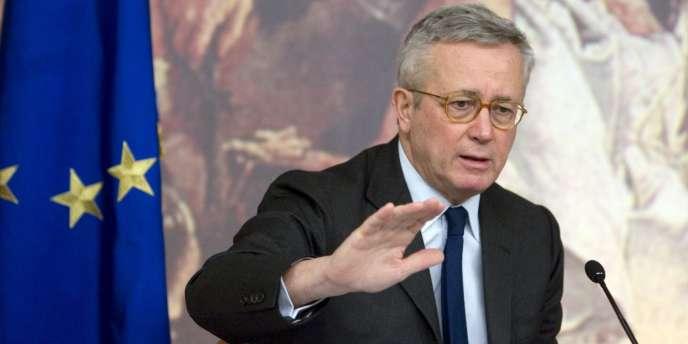 Le ministre de l'économie et des finances italien, Giulio Tremonti, souhaite inscrire dans la Constitution la