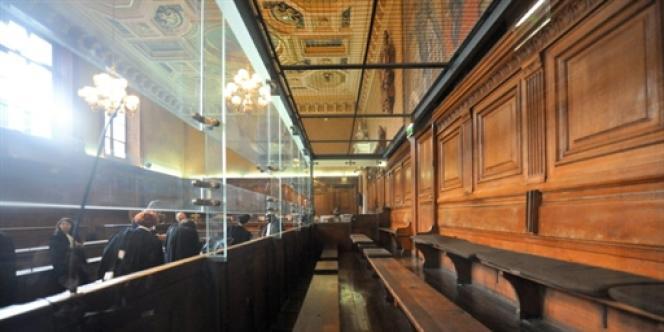 Box des accusés du Palais de justice de Paris.