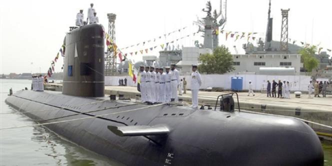 Un sous-marin français Agosta, en août 2002, à Karachi.