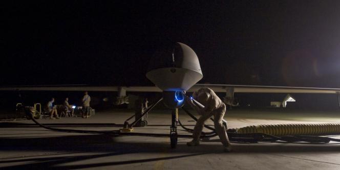 Préparation d'un drone Predator.