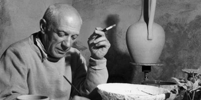 Pablo Picasso à Vallauris, en avril 1949.