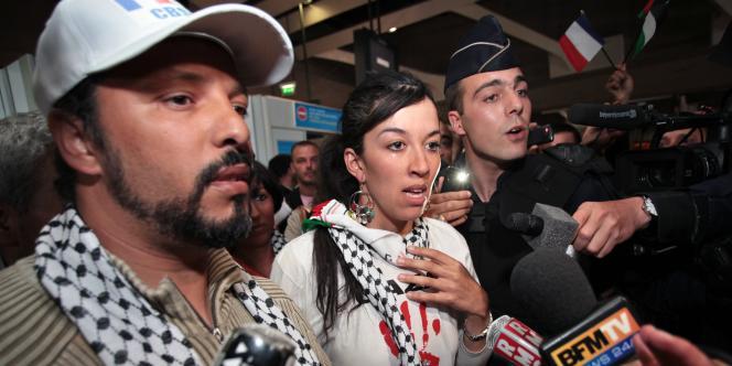 Les trois ressortissants français, Salah Berbagui, Mounia Cherif et Miloud Zenasni, ont débarqué vers 16 h 45.