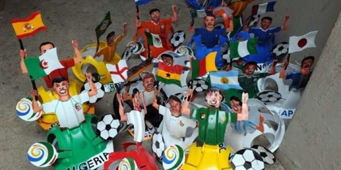 32 équipes nationales disputeront la Coupe du monde du 11 juin au 11 juillet en Afrique du Sud.