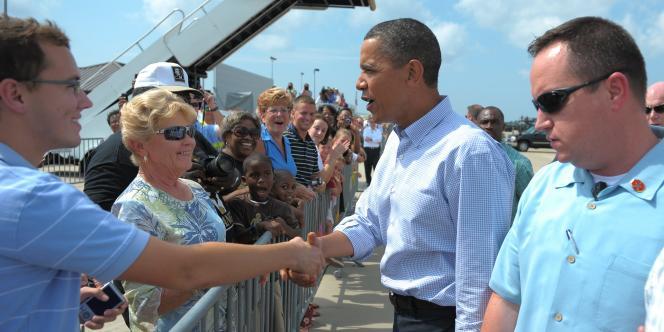 Barack Obama à son arrivée à l'aéroport de Gulfport.
