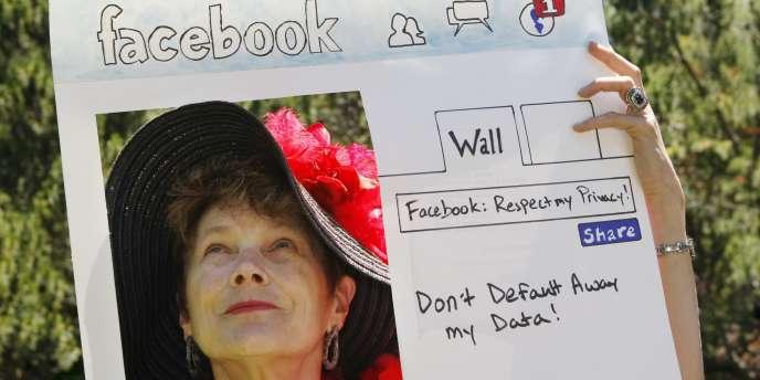 Manifestation contre les pratiques de protection de la vie privée de Facebook, le 4 juin à Palo Alto, devant le siège de l'entreprise.