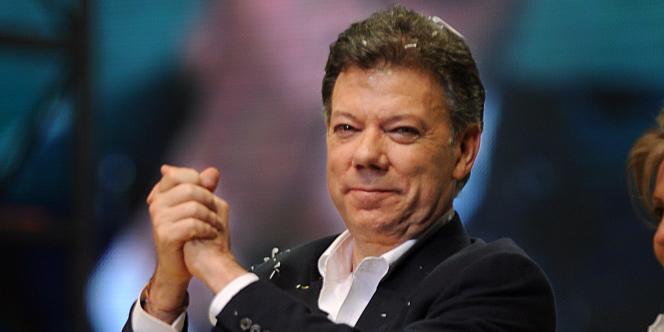 Le nouveau président colombien Juan Manuel Santos lors d'un discours à Bogota, après son élection, le 20 juin 2010.