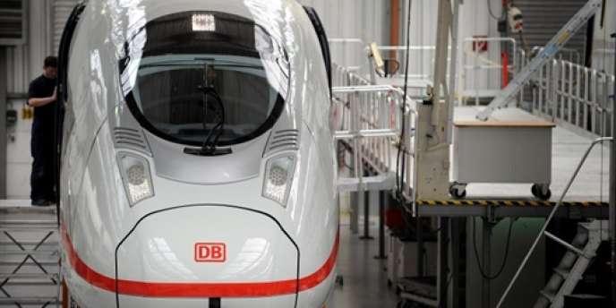 Les liaisons passagers internationales sont ouvertes à la concurrence depuis décembre 2009, mais dans les faits la SNCF reste pour l'instant sans concurrent en France, au grand mécontentement de la Deutsche Bahn.