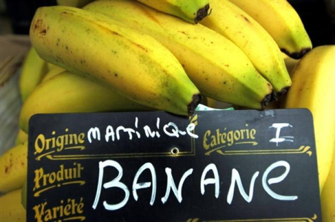 Le chlordécone est un insecticide utilisé massivement en Guadeloupe et en Martinique pour combattre le charançon de la banane, de 1973 à 1993.