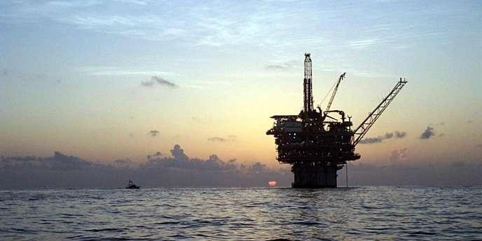 Plate-forme pétrolière dans le golfe du Mexique.