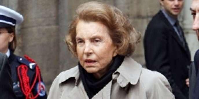 Liliane Bettencourt a annoncé qu'elle allait régulariser ses fonds situés à l'étranger.