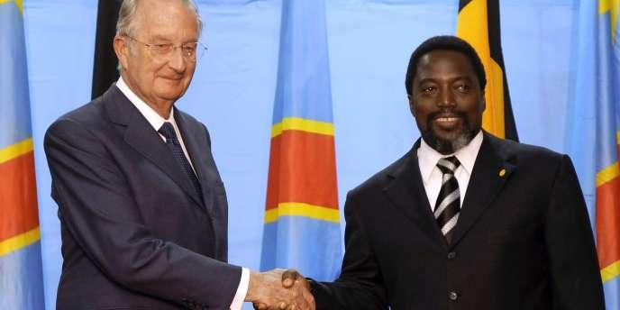 Le roi des Belges, Albert II, et le président de la République démocratique du Congo, Joseph Kabila, à Kinshasa, le 28 juin 2010.