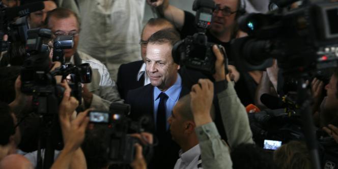 François Marie-Banier est mis en cause pour abus de faiblesse à l'encontre de Liliane Bettencourt par la fille de celle-ci.