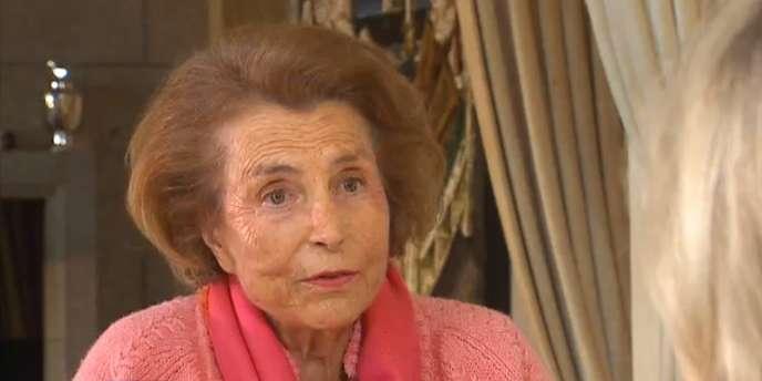Liliane Bettencourt lors de l'entretien avec Claire Chazal diffusé sur TF1, le 2 juillet 2010.