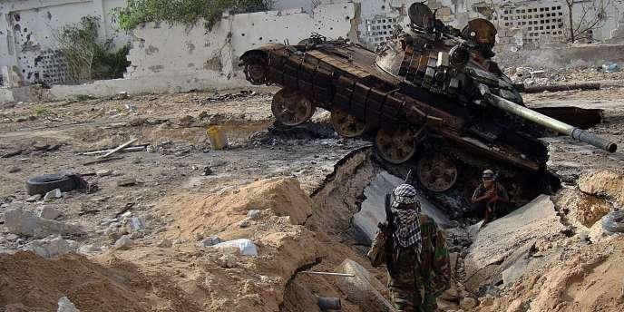 Au moins 40 personnes ont été tuées la semaine dernière dans des combats à Mogadiscio. Le gouvernement central de transition ne contrôle plus qu'une petite partie de la capitale face aux islamistes shebabs.