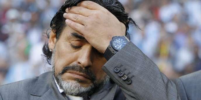 Diego Maradona, le 3 juillet au Cap après la déroute de l'Argentine contre l'Allemagne.