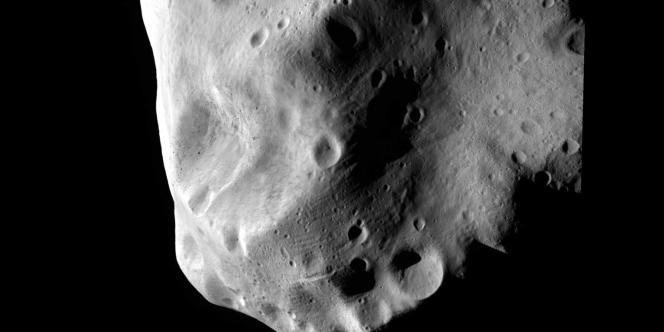 Rosetta a pu prendre près de 400 clichés de l'astéroïde Lutetia.