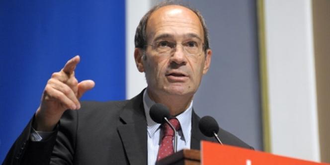 Le ministre du travail et maire de Chantilly, Eric Woerth, lors d'un discours à Paris, le 7 juillet 2010.