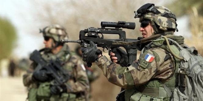 Des soldats français à Showal, en Afghanistan, le 25 février 2010.