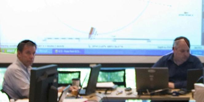 Deux ingénieurs de BP grossièrement détourés par la cellule de communication de la compagnie (détail).