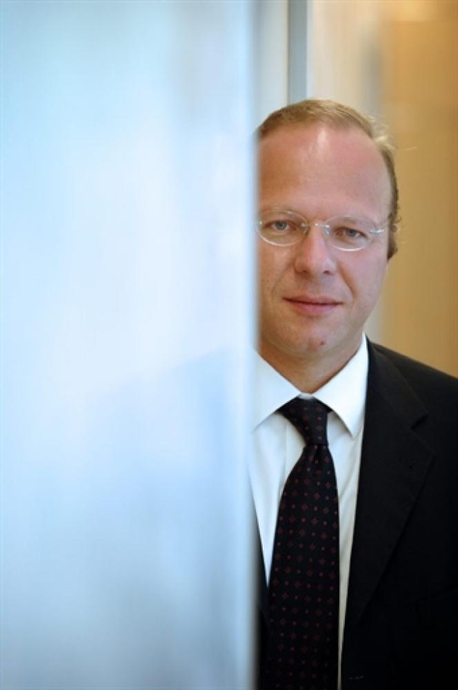 Le PDG de la société Unibail, Guillaume Poitrinal, pose le 25 juin 2007 à Paris.