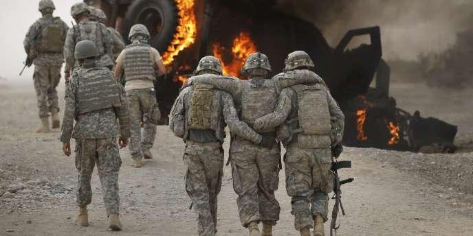 Jusqu'au 3 novembre 2011, 2 792 soldats de la coalition internationale ont été tués en Afghanistan depuis le début de l'intervention militaire menée par les Etats-Unis.