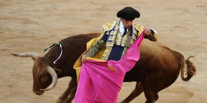 La tradition de la corrida remonterait au XIVe siècle.