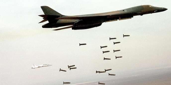Entre 5 % et 40% des sous-munitions n'explosent pas au contact du sol et peuvent rester actives pendant des années.