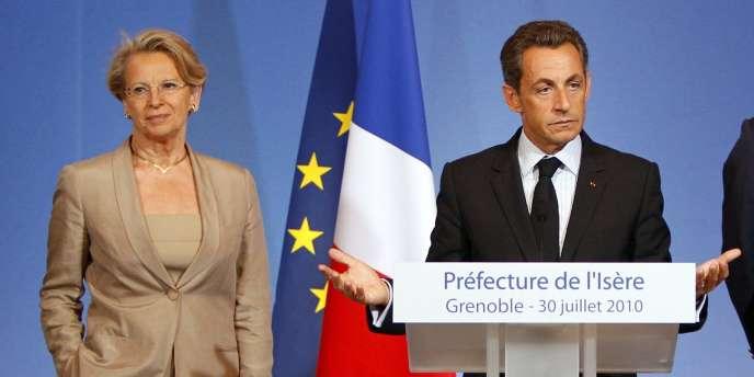Michèle Alliot-Marie et Nicolas Sarkozy à Grenoble, le 30 juillet 2010.