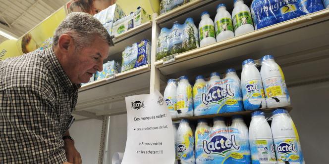 Tout l'enjeu pour la Fédération nationale des producteurs de lait est d'obtenir des industriels le respect des contrats qu'ils ont signés. En ligne de mire, le géant Lactalis et son lait Lactel notamment.
